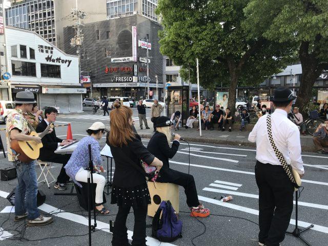 (訪問演奏記44)京都、「四条大宮ストリートライブJAM」にて